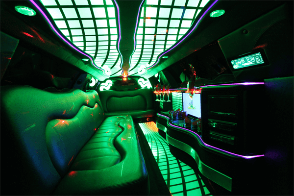 8-10 passenger traditional limousine interior 2