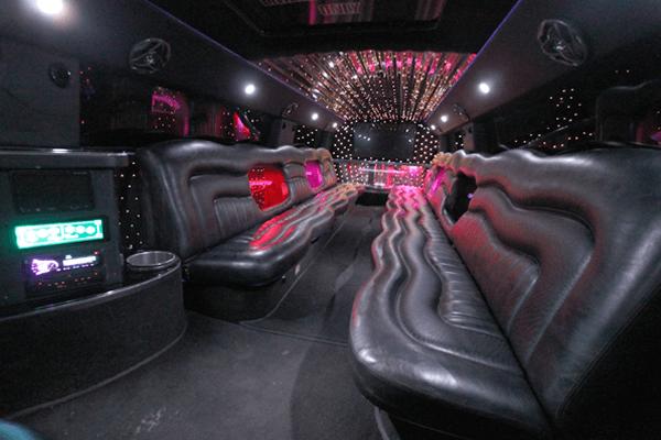 20 Penger H2 Hummer Limousine interior 3 - www ...